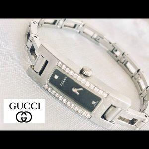 GUCCI 3900l W/ Diamonds Steel Swiss Watch